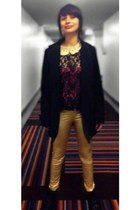 gold gold tights tights - black Ross boots - black black blazer blazer