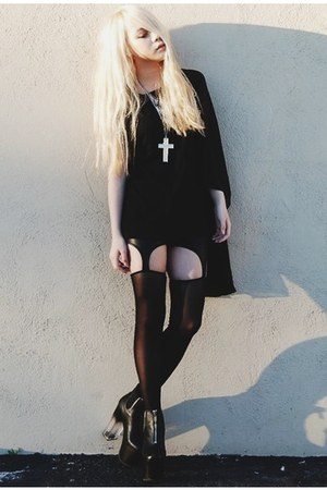 black DIY dress - black shopakira leggings