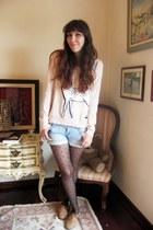 camel Little Shoeshop in Porto shoes - light pink H&M sweater - black Pimkie tig