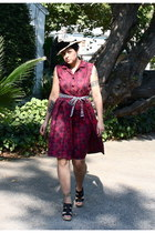 maroon dress - beige hat - coach wedges