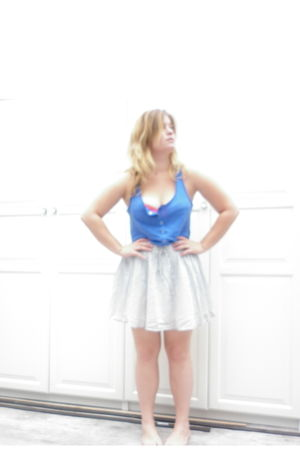 blue H&M t-shirt - gray H&M skirt - red wonderbra swimwear