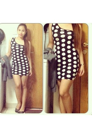 black venus Forever 21 dress