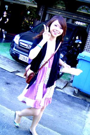 Japanese blazer - Auntie Rosa dress - No label - H&M shoes