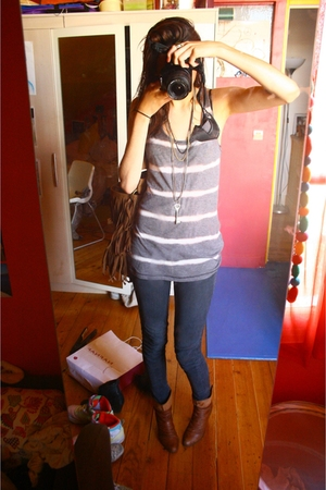 Gap top - Bershka jeans - San Marina shoes - c&a purse