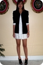 Jones New York padded blazer - Romantik eyelet embroidered dress - Janeo peep to