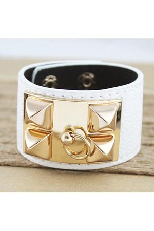 Claron Goods necklace - Claron Goods necklace - Claron Goods bracelet