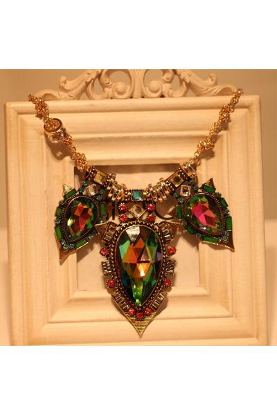 Claron Goods necklace