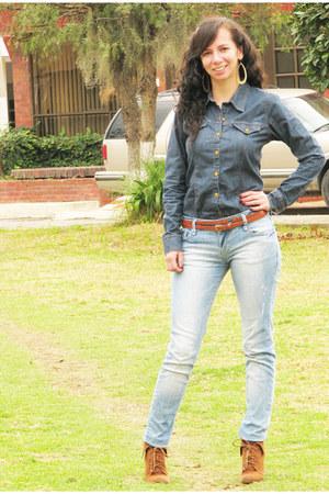 Abril shirt - Zara boots - Stradivarius jeans