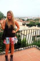Mango t-shirt - vintage skirt - vintage - H&M purse