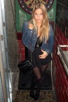 Levis jacket - H&M blouse - Chanel purse - Zara shoes
