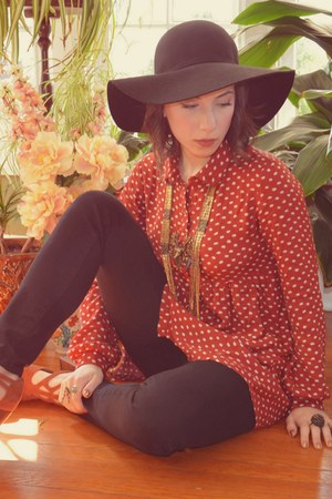 brick red polka dot romwe blouse - tawny Urban Outfitters heels