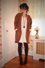 Tawny-oversized-anthropologie-coat-off-white-sweater-h-m-dress