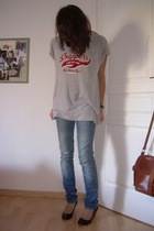 thrifted t-shirt - Zara jeans - Lily Shoes shoes