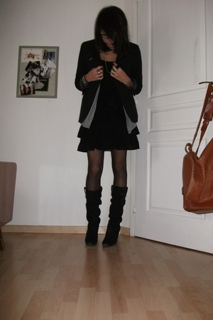 black H&M dress - black Zara child blazer - black Zara shoes - gray H&M cardigan