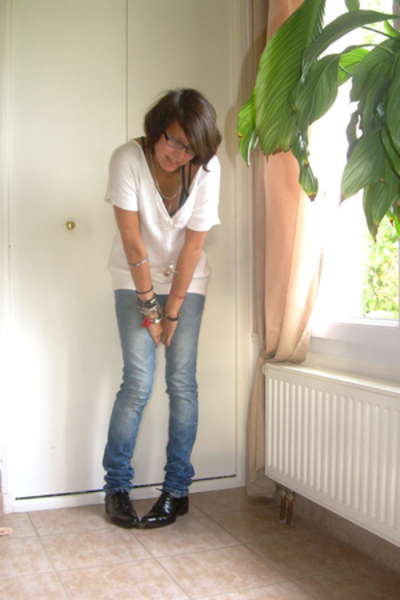 Comptoir des Cotonniers top - Zara jeans - Minelli shoes - Zara coat