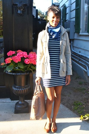 blue striped Forever 21 dress - olive green H&M jacket - white Target scarf