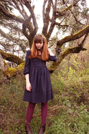 green vintage accessories - purple shoes - blue H&M dress - purple Target tights