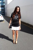 black hello parry t-shirt - Chanel bag - black Out With Audrey skirt