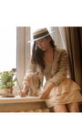 Topshop-hat-stylesophia-skirt-topshop-jacket