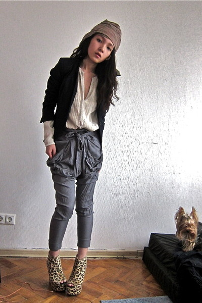 Zara blouse - leopard print Ebay shoes - vintage blazer - hareem Topshop pants