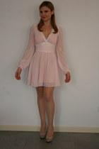 eggshell Giousouri necklace - light pink Dabuwawa dress