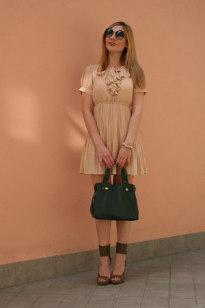 neutral OASAP dress - dark green keys bag - light brown cinti sandals