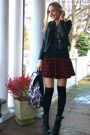 ruby red tartan chicnova skirt - black lace up boots Chicwish boots