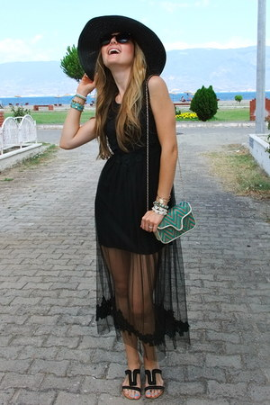 black lace OASAP dress - crimson retro zeroUV sunglasses