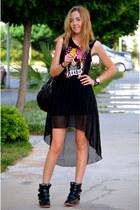 black Dilvin dress