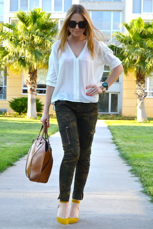 bronze Zara bag - dark green camo Zara pants - ivory Milla by Trendyol top