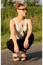 Zara pants - H&M t-shirt - Promod accessories