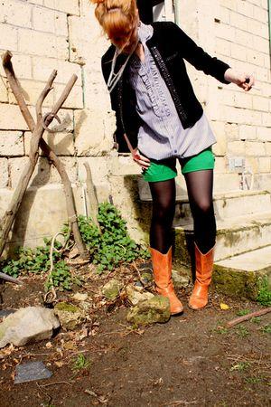 Zara boots - H&M shorts - Naf Naf shirt - Cache Cache jacket