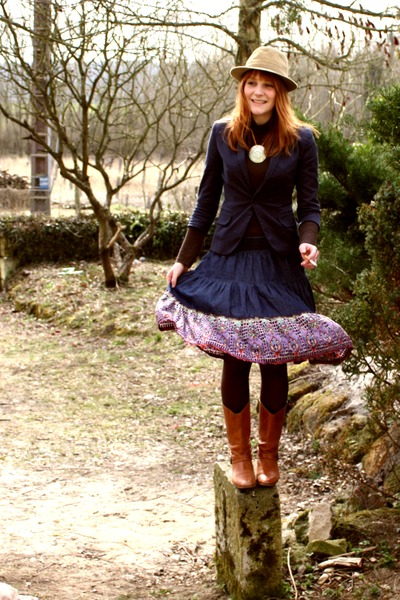 Zara boots - Zara skirt