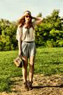 Zara-boots-mango-shirt-zara-bag-h-m-shorts
