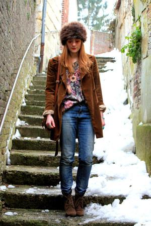 vintage jacket - Zara boots - Pimkie jeans - H&M sweater