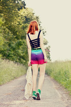 motelrocks shorts - Converse shoes - motelrocks top - Chicwish cardigan