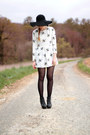 Romwe-shoes-honey-print-oasap-dress-romwe-hat-zerouv-sunglasses
