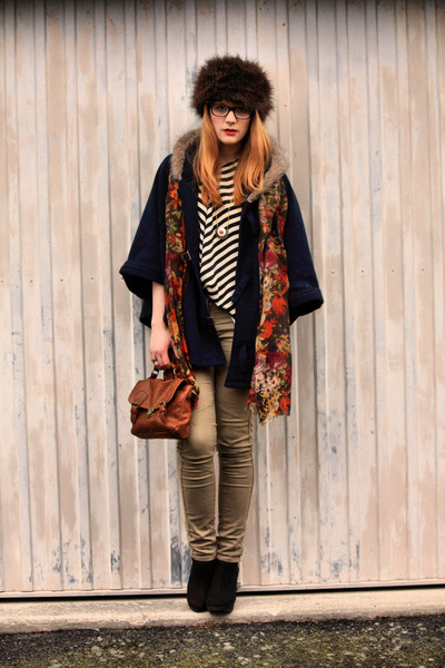 vintage scarf - Pimkie cape - H&M top