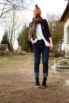 Osmose shoes - Cheap Monday jeans - H&M scarf - H&M t-shirt