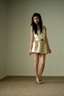 beige bow tie pumps BCBGMAXAZRIA shoes - beige poof DIY skirt