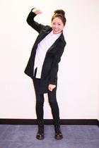 black United Colors of Bennetton coat - doc martens shoes - H&M shirt