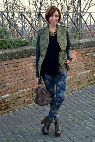 Louis Vuitton bag - Zara jacket - Stradivarius sweater