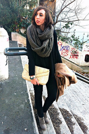 H&amp;M boots - romwe coat - Bershka jeans - Stradivarius sweater