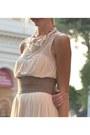 Peach-zara-dress-silver-list-belt