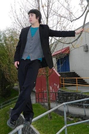 black dress shoes Protocol shoes - black black H&M blazer - silver cotton vest -