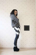 Zara cardigan - Zara t-shirt - H&M jeans - Jeffrey Campbell shoes