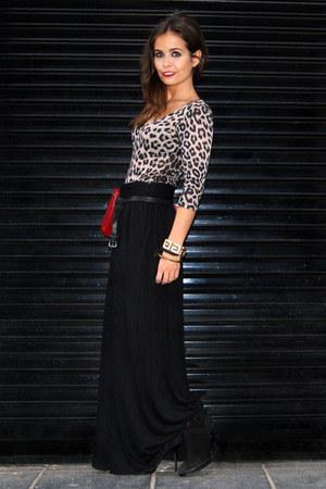 dark gray H&M skirt - Zara top - black Zara boots