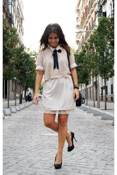 Beige h m ts shirts black zara shoes beige zara dresses for Zara black t shirt dress