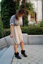 gray H&M top - beige Vero Moda dress - black Zara shoes - silver BLANCO necklace