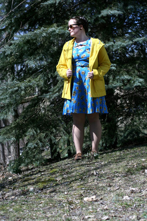 Old Navy jacket - shoes - Trollied Dolly dress